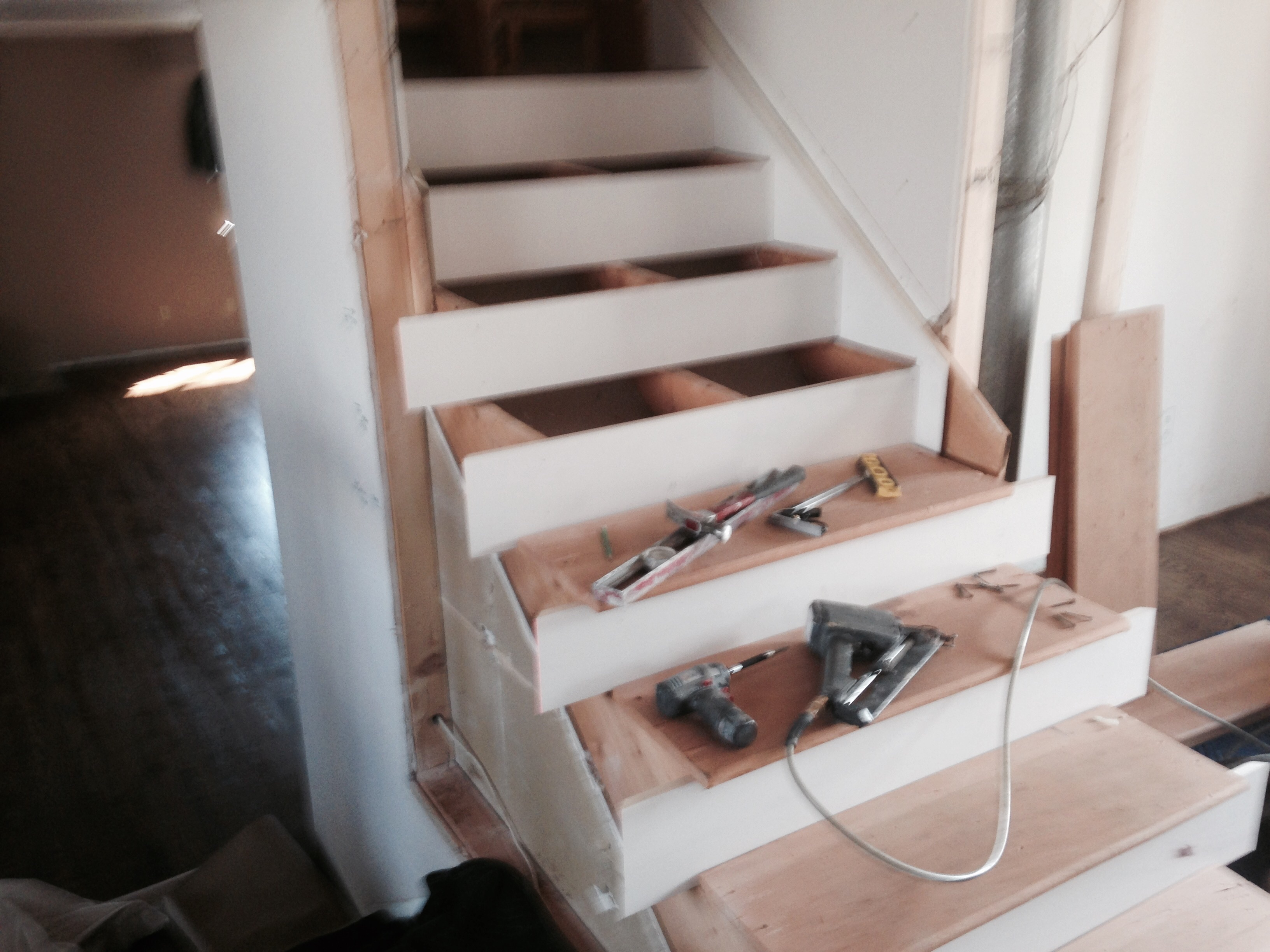 Stair skirtboard - Stair Building